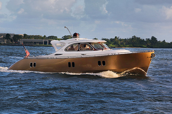 Яхта Адрианы